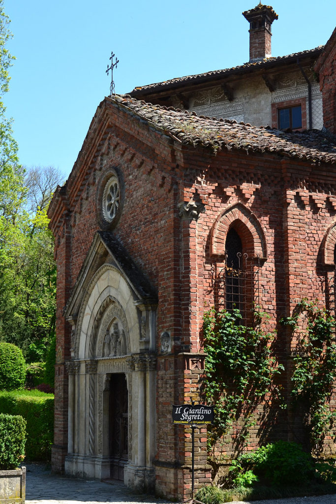 Italy: Grazzano Visconti