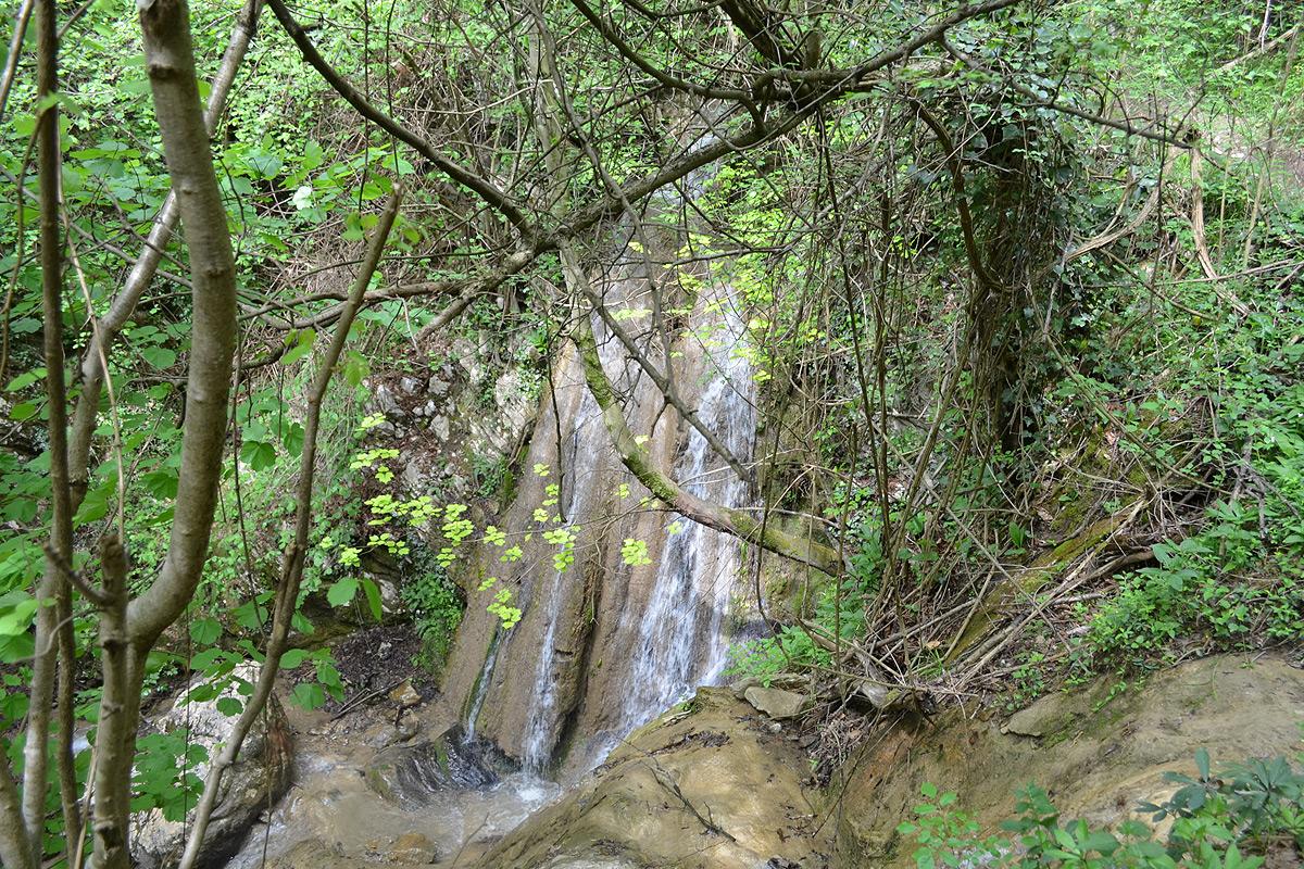 Italy: Le Cascate di Monticelli Brusati (The Monticelli Brusati Waterfall)